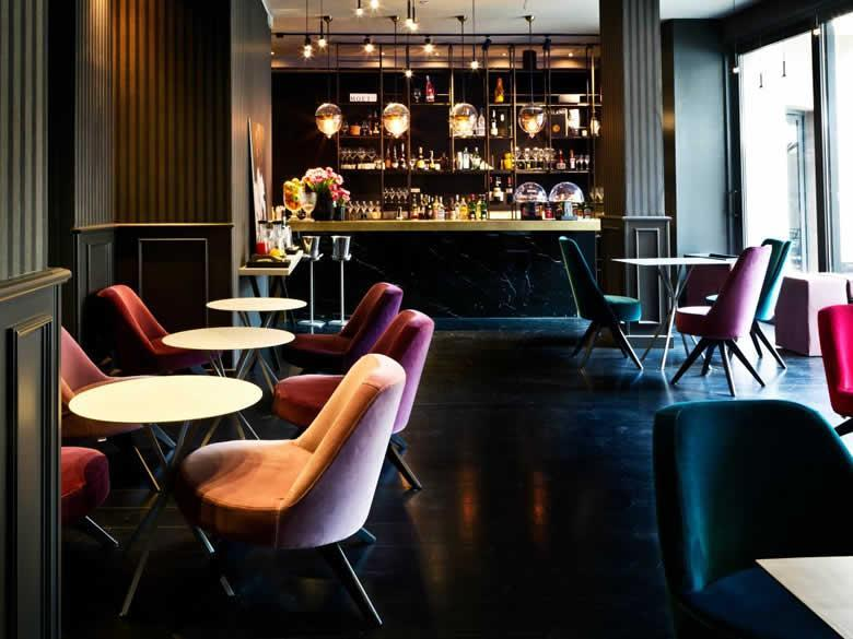 Lounge Bar Fifty House in Milano