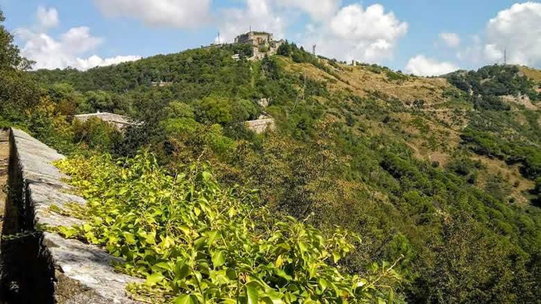 Het groene Ligurische achterland binnen 10 minuten met de funicolare
