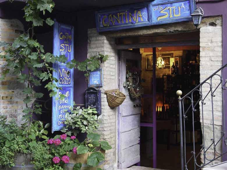´Smoorverliefd´, vino cotto wijn in Montorio al Vomano in de Abruzzen