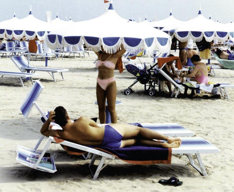 ´Wegens vakantie gesloten´ liefdevolle kritiek op Italie