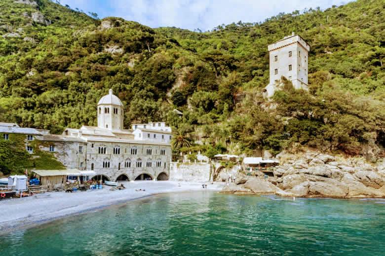 De kleine baai van San Fruttuoso, verborgen schat aan de Italiaanse Riviera