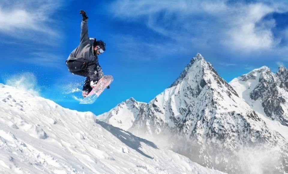 December - Worldcup Snowboard Cross SBX