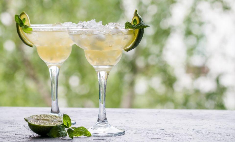 De Margarita cocktail en de Frozen Margarita