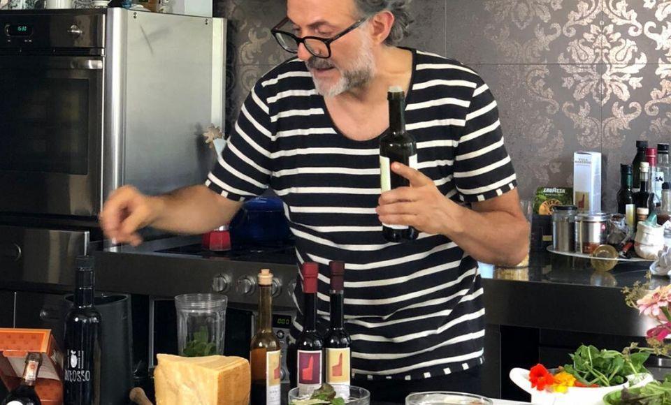 Pesto met broodkruim van Massimo Bottura