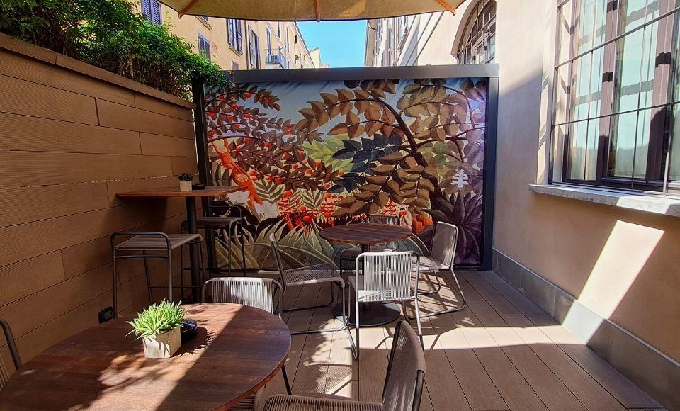 Savona Suites Café (all'aperto)