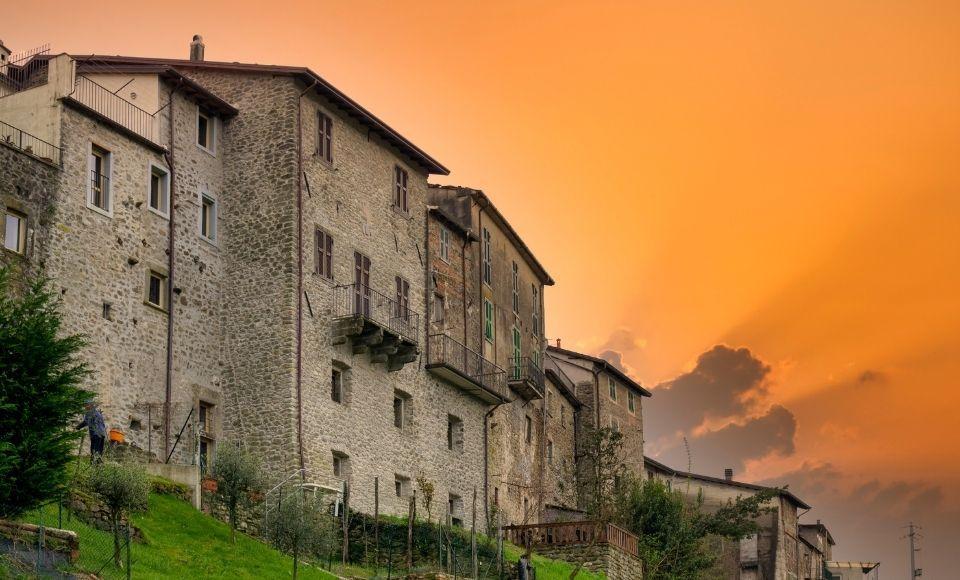 Vista borgo medievale Malgrate