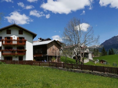 Rocca Bruna, appartementen en B & B in het hart van de Dolomieten