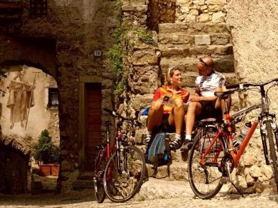 Ontdek bijzondere dorpen in Trentino (per e-bike)