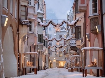 Kerstmarkt in de Dolomieten - sfeer, sneeuw en feestelijk