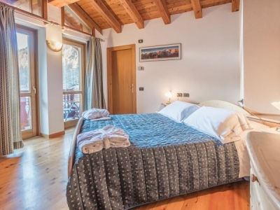 Hotel Lo Scoiattolo, Aosta winter en zomer bestemming
