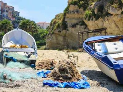 De beste hotels aan de kust van Calabria