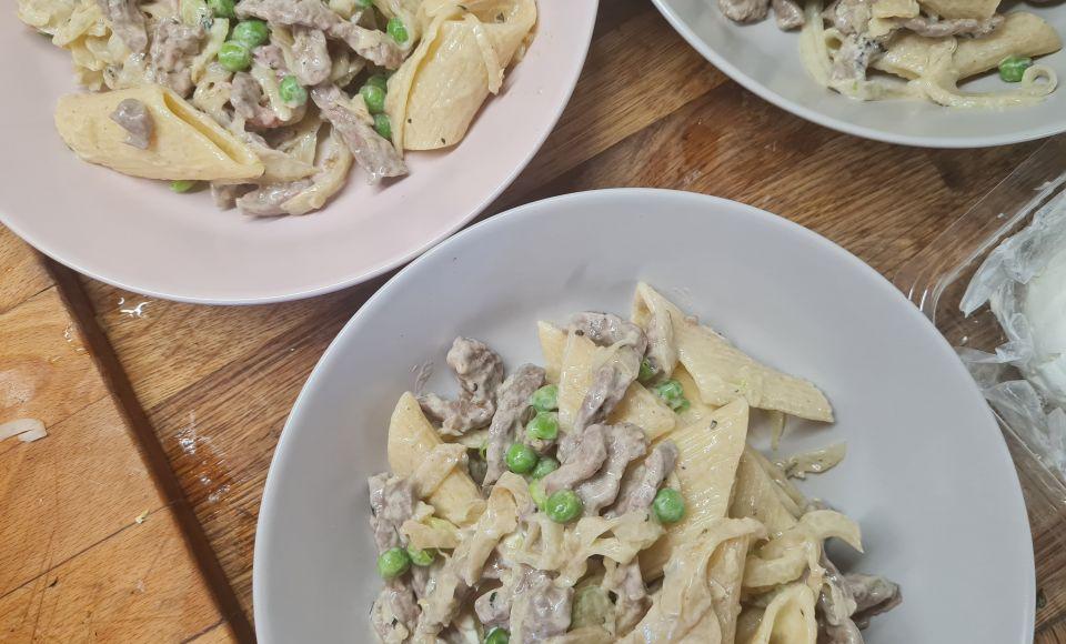 Italiaanse salade met venkel, rundvlees en munt