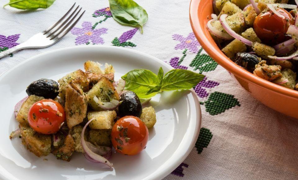 Aubergine panzanella