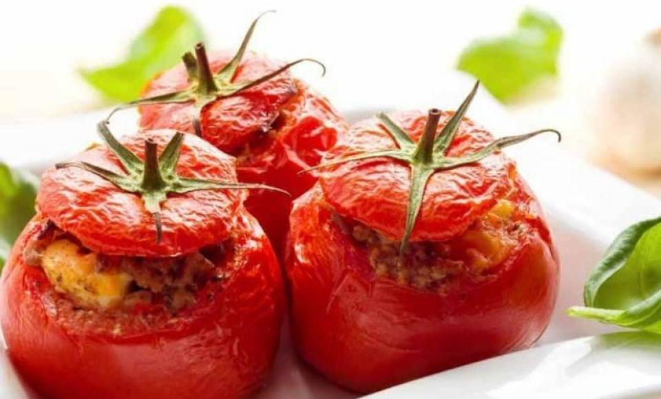 Gevulde tomaat in de oven