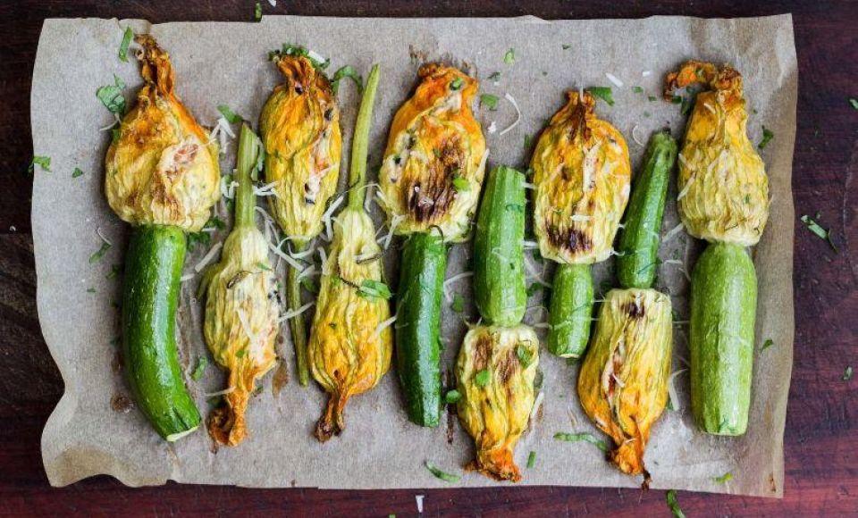 Fiori di zucca fritti - Gebakken courgette bloemen