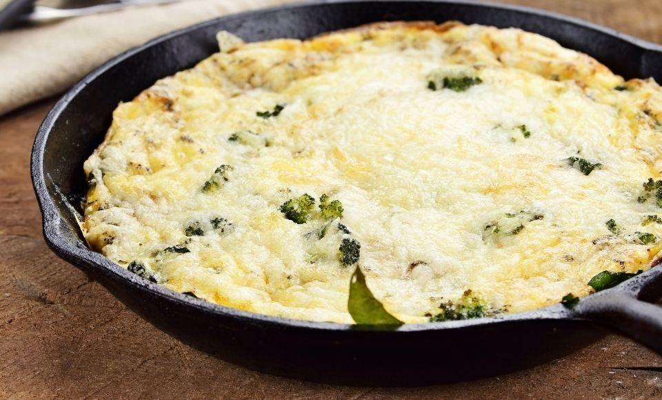 Mario's frittata met (wilde) broccoli
