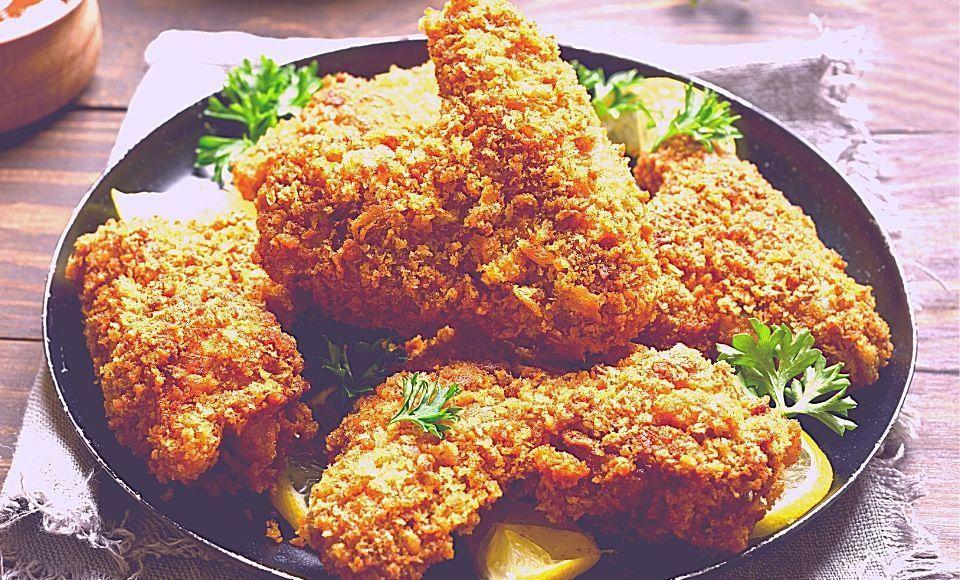 ´Oude` kip in paneermeel saus uit Palermo