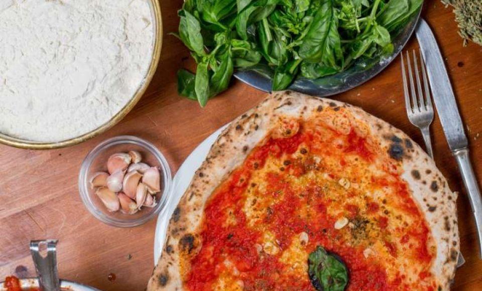 Hoe maak je Pizza alla Marinara uit Napels?