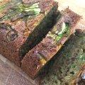 Lichtzoet brood van courgette, yoghurt en olijfolie