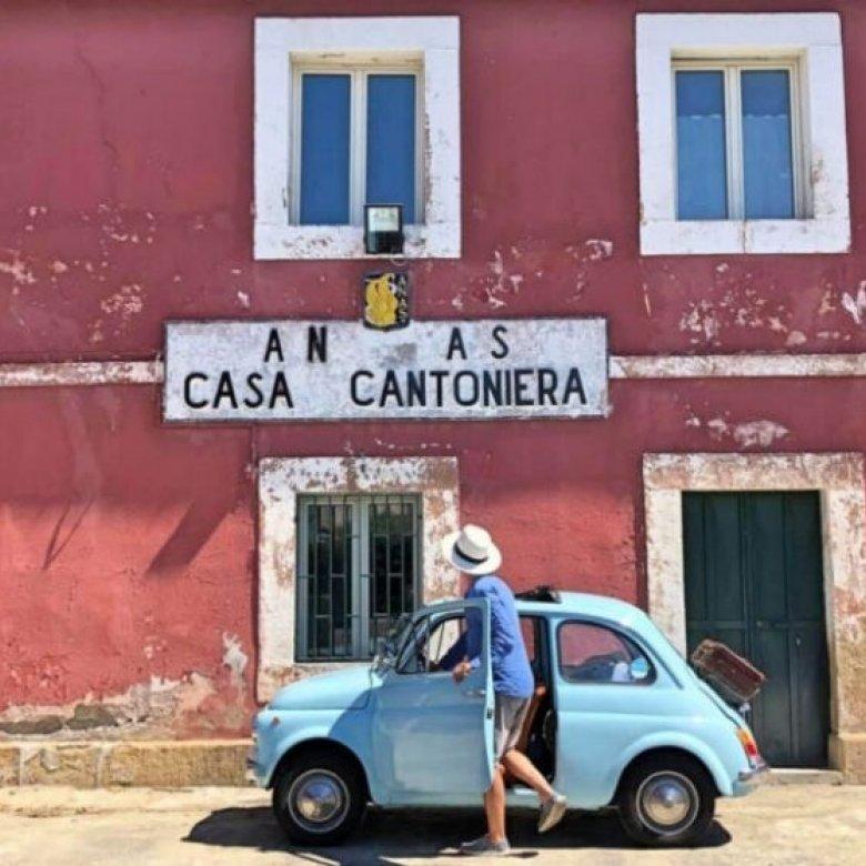 """Wonen in een """"Casa Cantoniere"""" – de rode kantonhuisjes in Italië"""