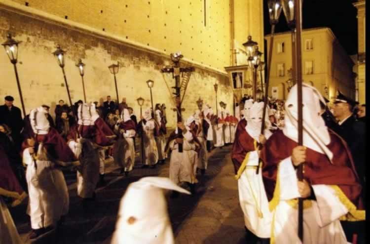 Processie in Chieti in Abruzzen