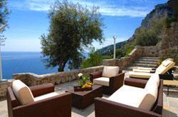 imma-villas_abroad-amalfi