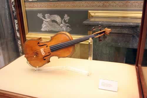 Kostbare viool van Stradivarius