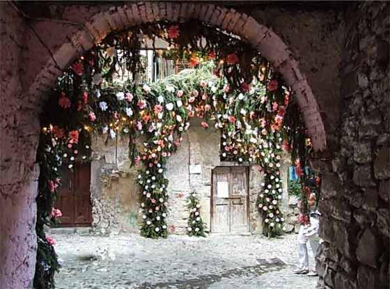 Het bloemenfeest van Monte Isola