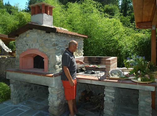 Barbecue beschikbaar voor de gasten van Ponte del Vegnuti