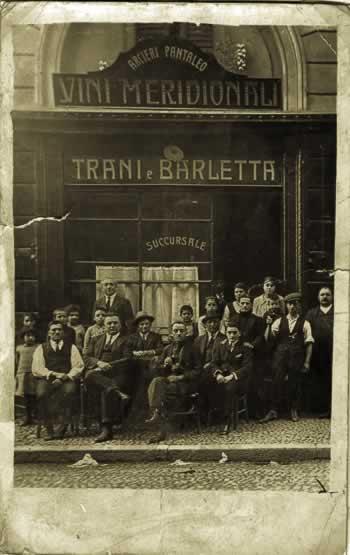 Een Trani met haar vaste klanten