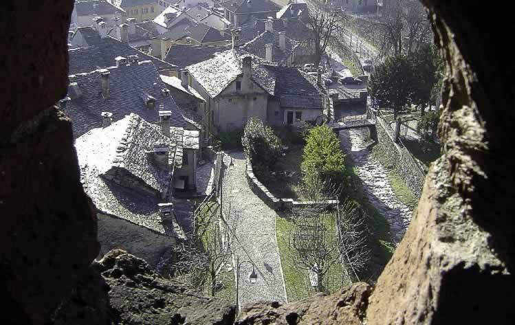 Vogogna in de Ossola vallei in Piemonte
