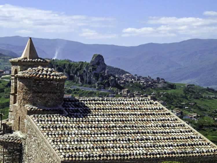Een oud Byzantijns klooster nabij Capo d´Orlando