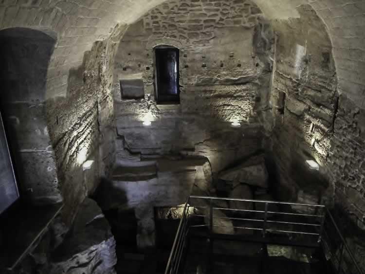 In de kelders van Taranto