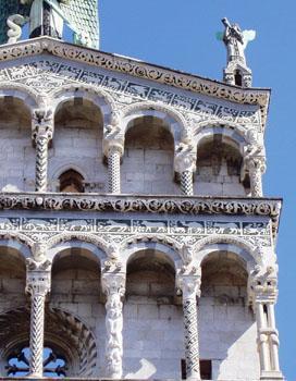 De 11de eeuwse kerk van San Michole in Foro in Lucca