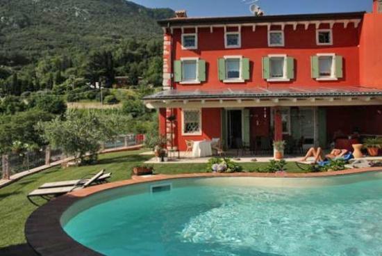 B & B en appartementen Poggio Caiar op 5 km van het Gardameer