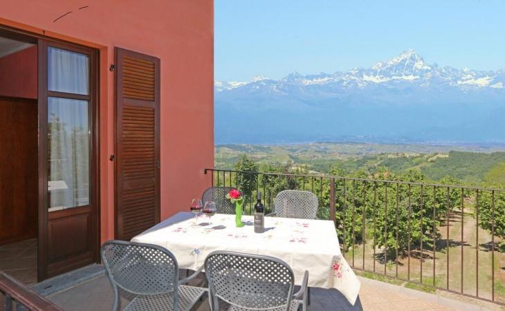 Agriturismo Al Brich tussen de wijngaarden van Barolo en Alba
