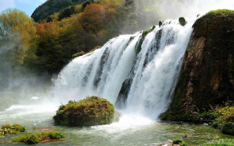 De watervallen van Marmore