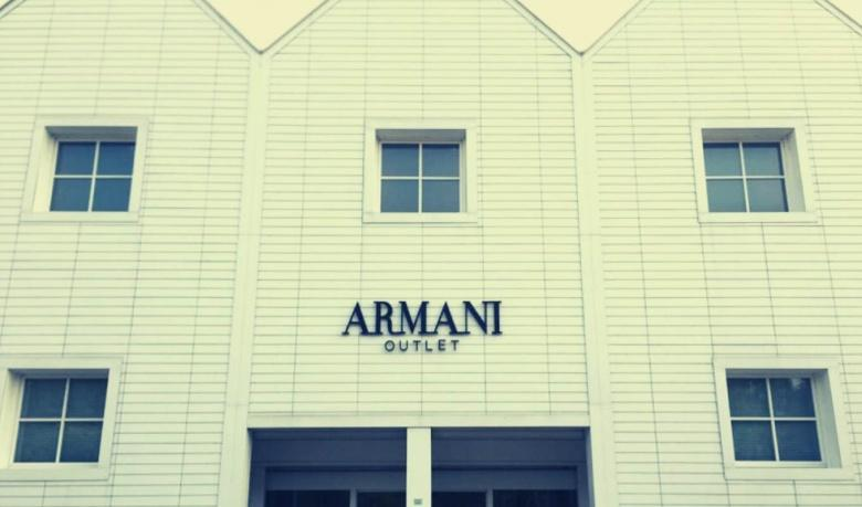 Armani Outlet bij Como Foto credit: comolake-today.com