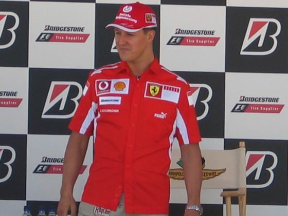 Michael Schumacher verkoopt zijn Ducati op Zwitserse website