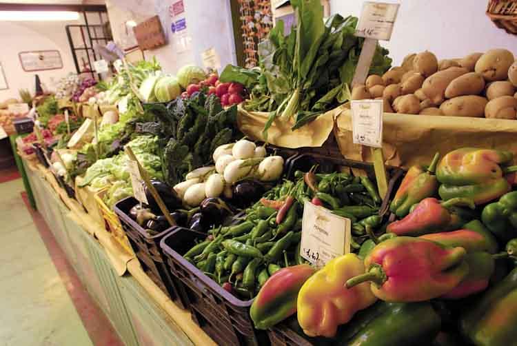 Boerderijwinkels als La Vialla zijn er meer, La Parrina bijvoorbeeld.