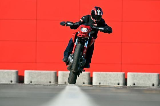 Ducati lanceert de Monster 796 ' The 'Urban Icon'