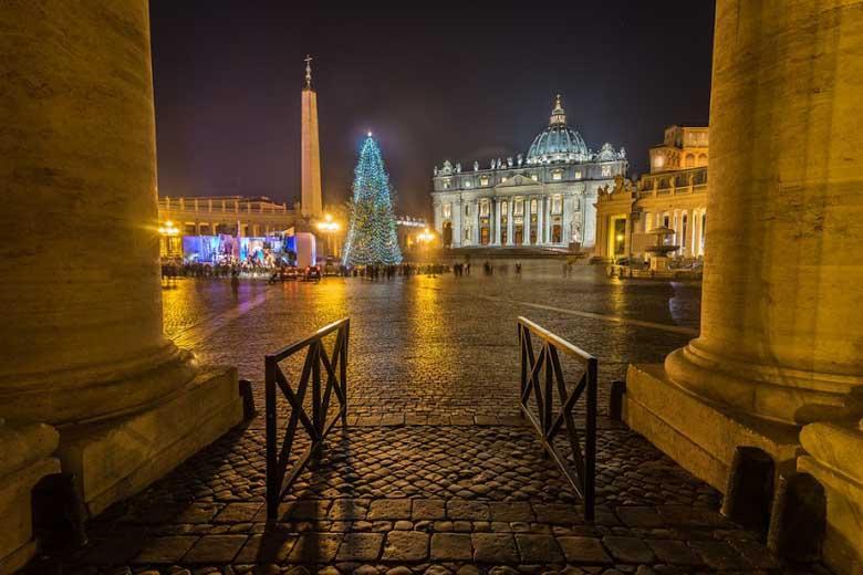 Kerstbomen van Italie: Rome, Napels, Milaan, Lecce, Venetië en Florence