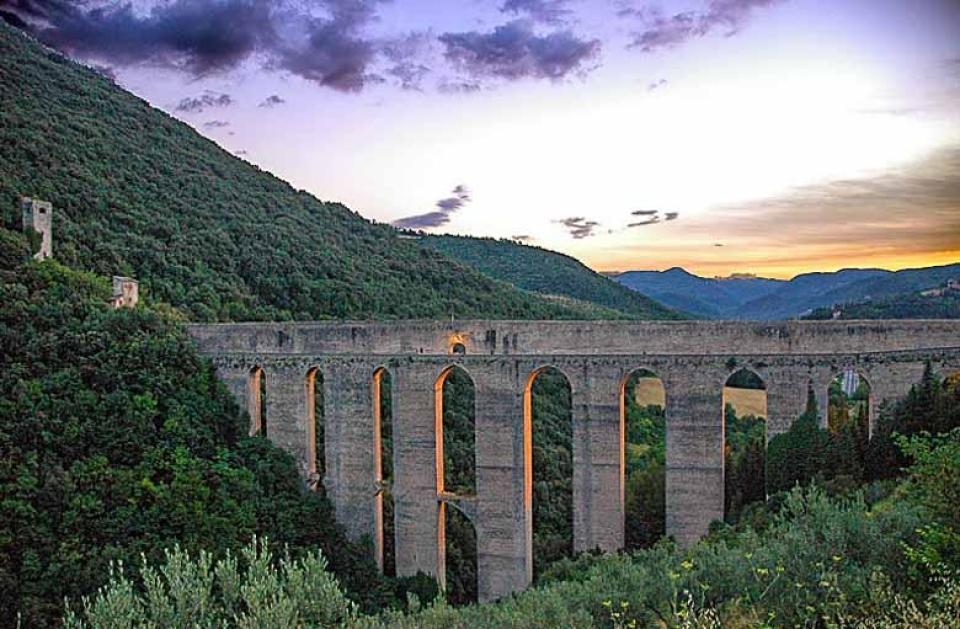 De brug van de torens in Spoleto