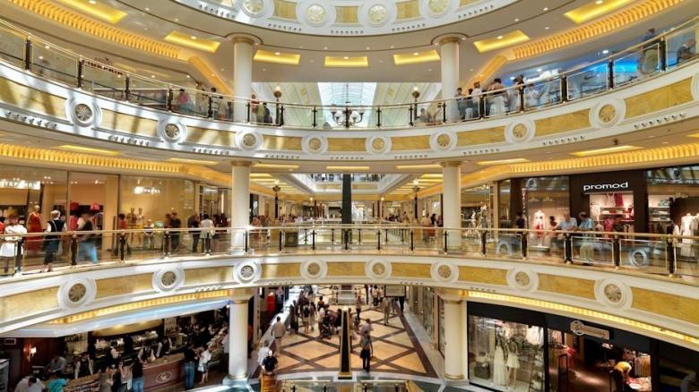 Van rommelmarkt tot shopping mall in Rome