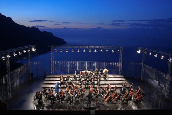 Romantische concerten onder Ravello's sterrenhemel in Campania, kust van Amalfi