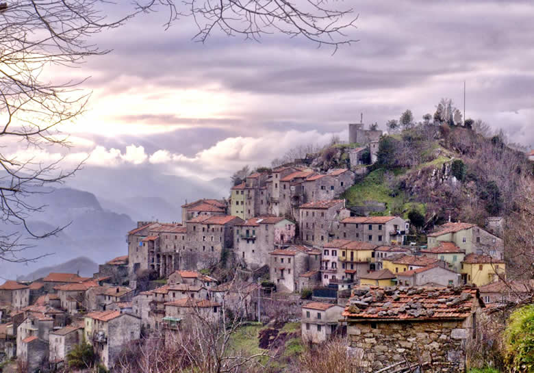 Montefegatesi en Barga, de Garfagnana