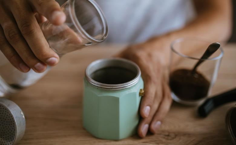 Hoe maak je een Italiaanse moka espresso?