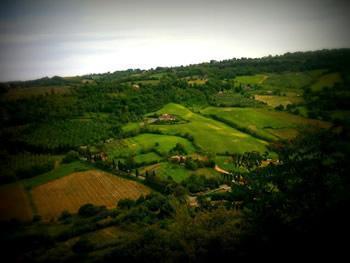 Uitzicht vanaf de stadmuren Orvieto